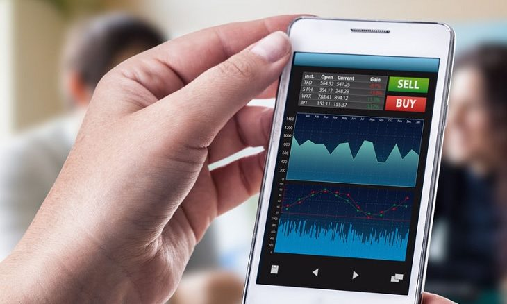 Devenir trader en ligne avec son iPhone ? Possible !